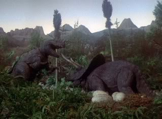 THE-LAND-BEFORE-TIME-1975-triceratops-battles-predator