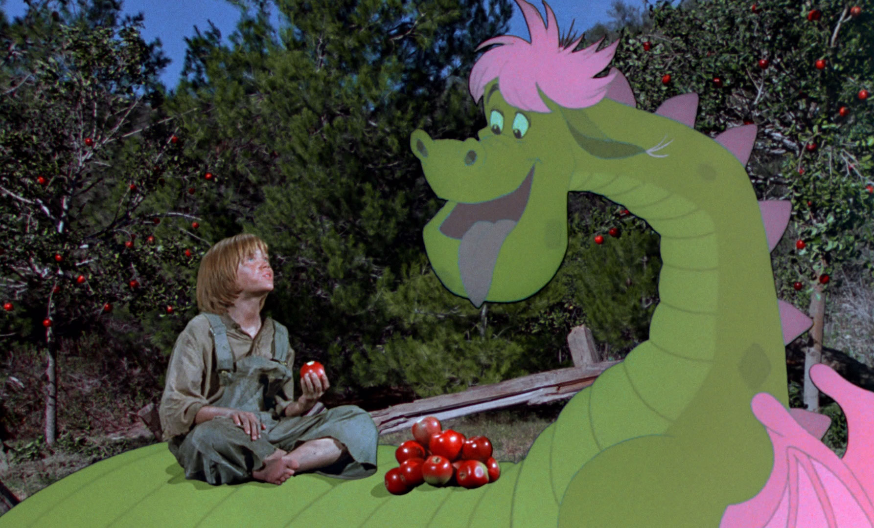 petesdragon-eatingapples