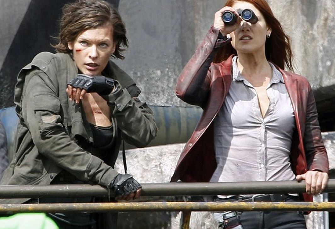 Mike S Movie Cave Resident Evil The Final Chapter 2017 Review